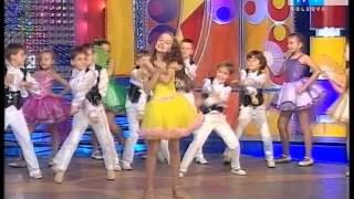 Cantec-Canta si danseaza